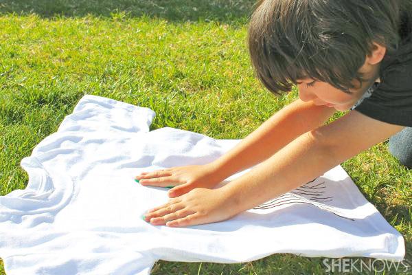 Tree shirt handprints