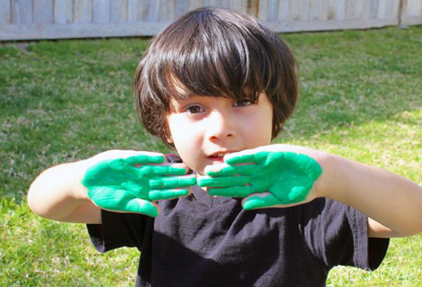 Tree shirt paint