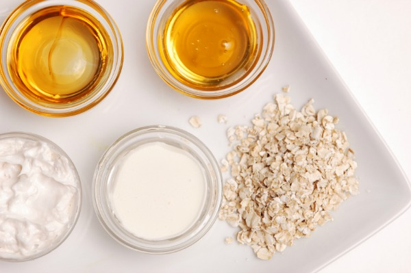 Honey and oats facial scrub ingredients