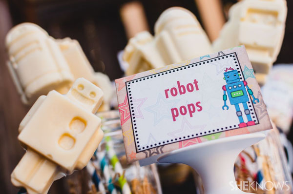 Robot pops