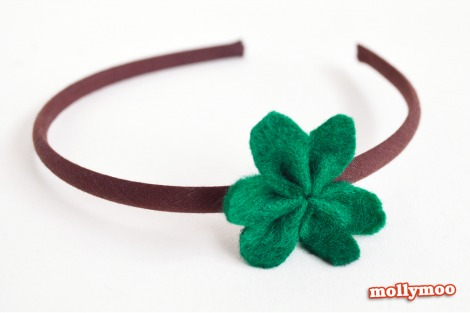 Molly Moo St shamrock hair pin
