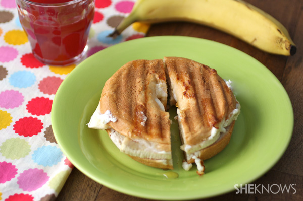 Ricotta, honey and banana bagel panini