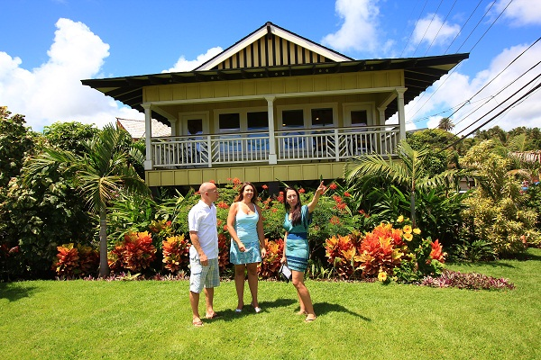 Hawaii Life sells not just homes but lifestyles