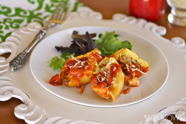 Cheesy Stuffed Shells with Carrots and Mushrooms