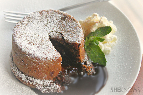 Mini chocolate molten cakes
