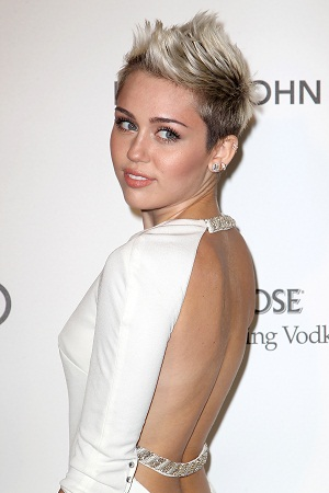 Miley Cyrus has a new tattoo
