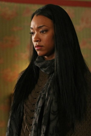 Sonequa Martin-Green in Once Upon a Time season 2 episode 18