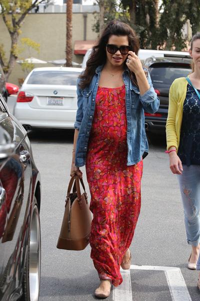 Pregnant Jenna Dewan Tatum