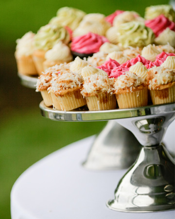Vegan wedding cupcakes