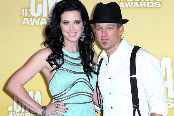 Real life couple Thompson Square