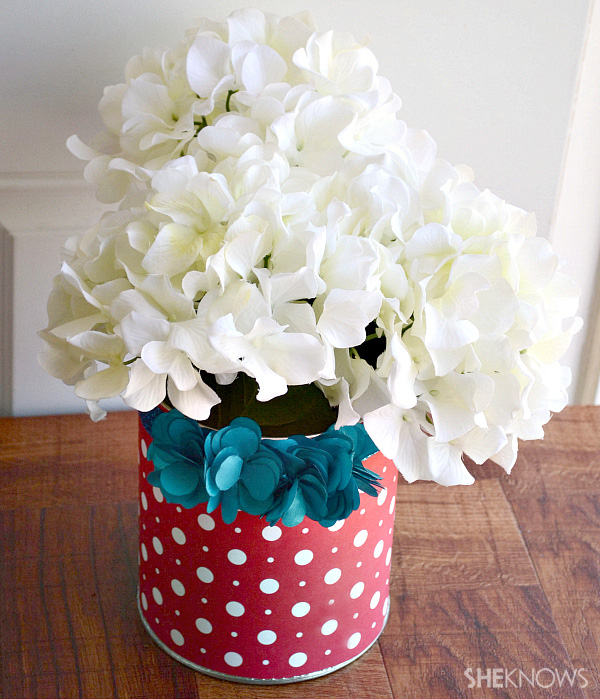 Patterned paper wrapped buckets