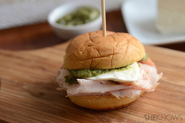 Turkey, fresh mozzarella & pesto slider