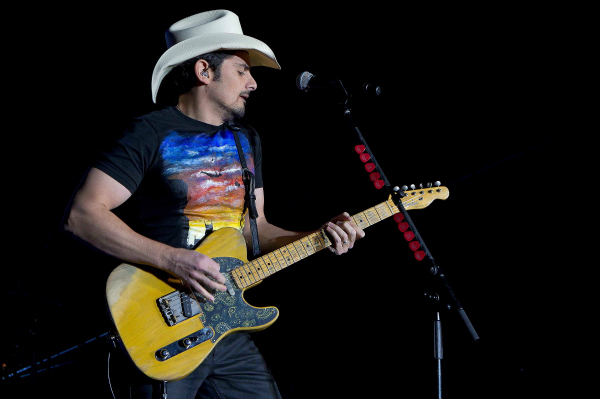2013 ACM Fan Jam Host Brad Paisley