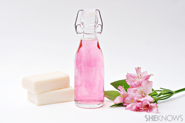 Diy spa day crafts for mother 39 s day for Home made bubble bath