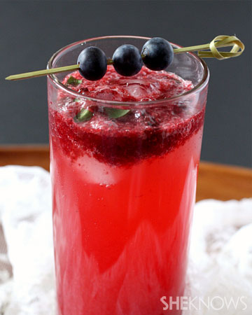 Mixed berry mojito recipe