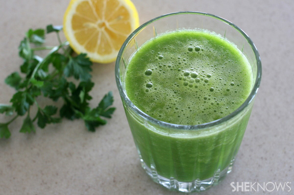 Parsley Lemon Cucumber Celery Smoothie Recipe