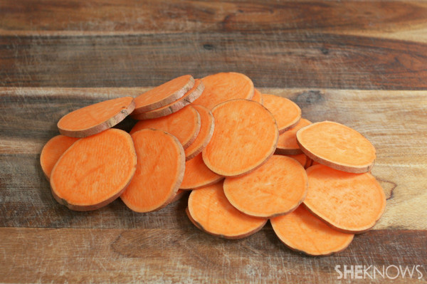 Sweet potato chips in minutes