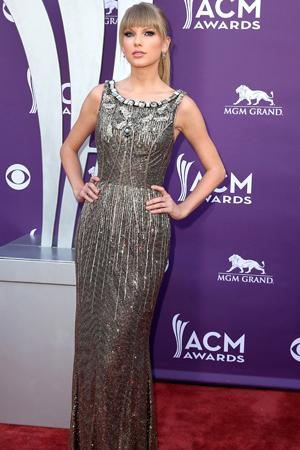 Stars rock similar dresses at the ACMs