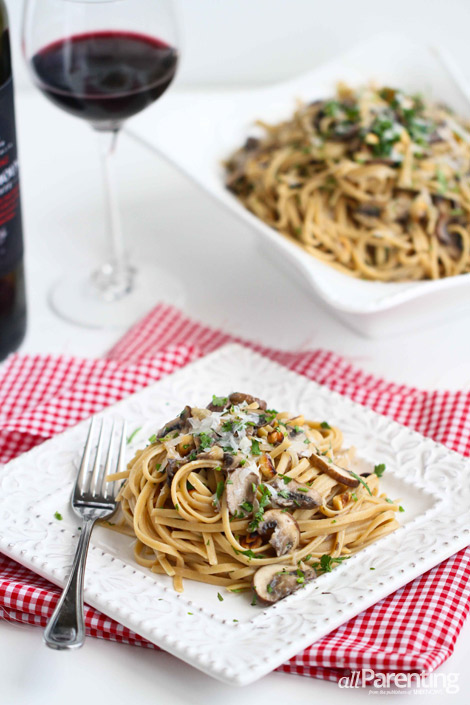 allParenting Linguini with mushrooms and a mascarpone cheese sauce