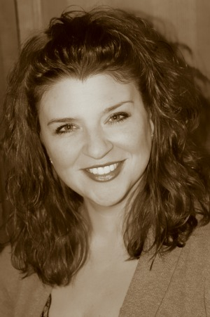 Amy Hatvany headshot