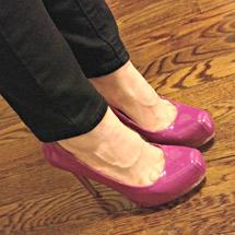 Angela Amman sexy shoes