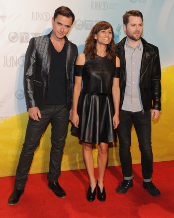 Dragonette at the 2013 Juno Awards