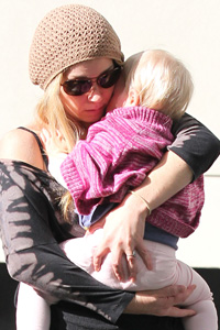Christina Applegate with daughter