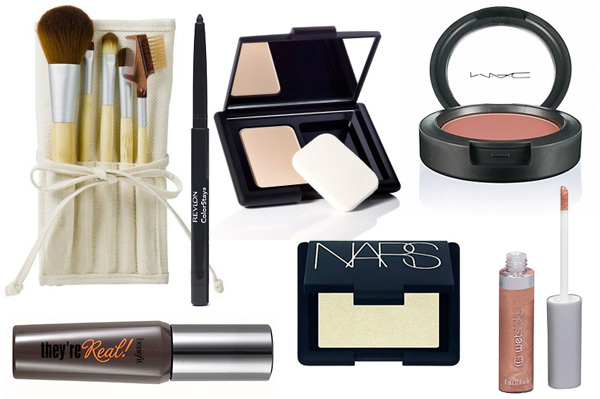 On-the-go makeup for your purse