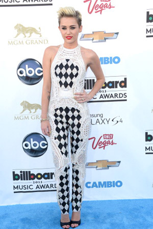 Miley Cyrus at the 2013 Billboard Music Awards