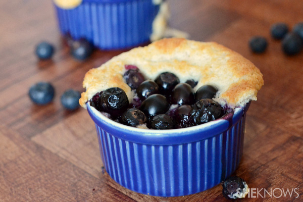 Blueberry cobbler cups