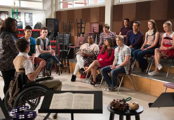 The glee club reunites with graduated classmates