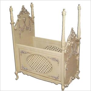 Beloved 4-poster crib - Kate Middleton Royal Baby Gear