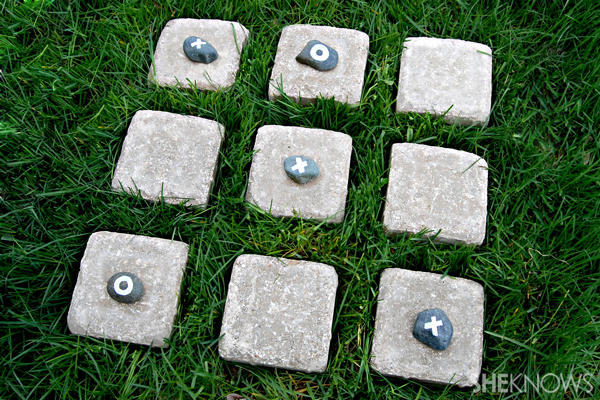 Backyard tic-tac-toe