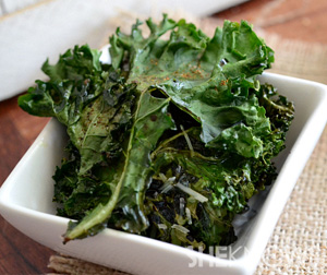 Asian style kale chips