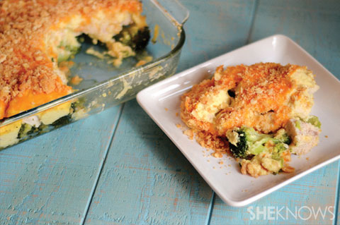 Cheesy curried chicken and broccoli casserole