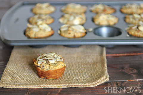date and almond muffins