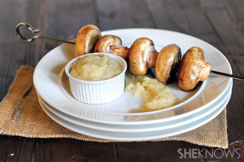 mushroom kebabs with onion sauce