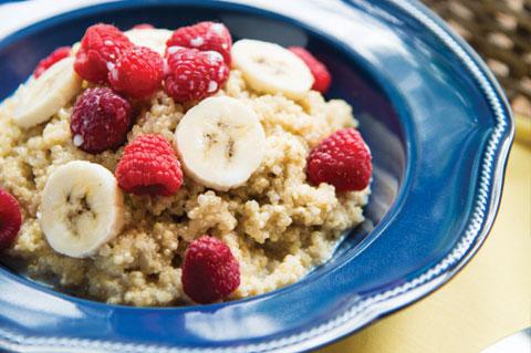 Quinoa with raspberry