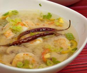 Hot and sour shrimp soup, Thai-style