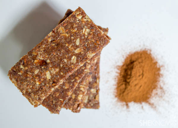 Homemade cinnamon energy bars | SheKnows