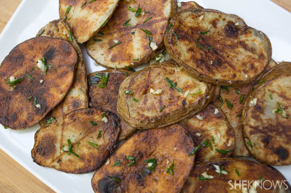 Grilled Potatoes with Garlic and Chives | SheKnows