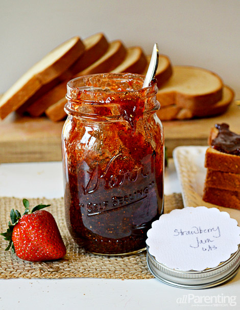 allParenting Fresh Strawberry Jam