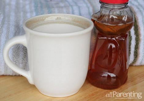 Cold-remedy-Hot lemon honey tea