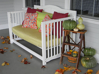 Crib upcycling-daybed