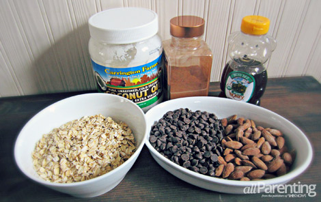 Granola bar ingredients