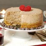 mini chocolate cheesecake with raspberry-wine sauce
