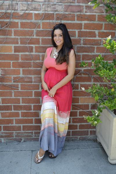 Pregnant Courtney Mazza Lopez in Target maxi dress