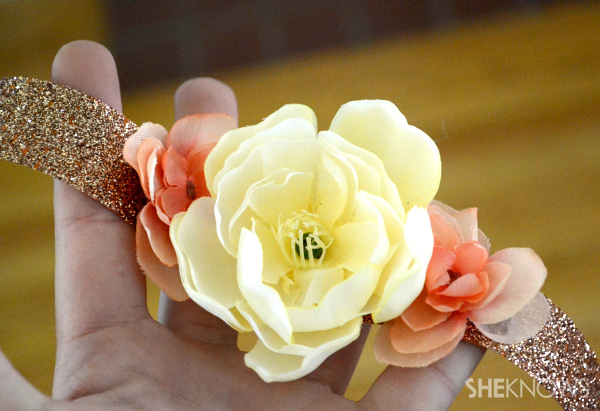 How to make your own Mother's Day corsage