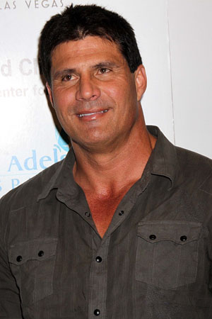 Jose Canseco's disturbing Twitter rant