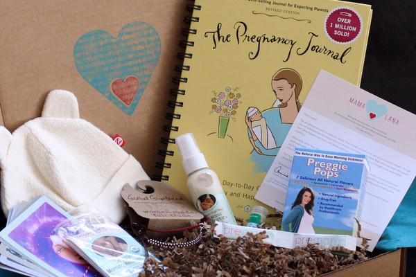 Mama Lana pregnancy gift boxes